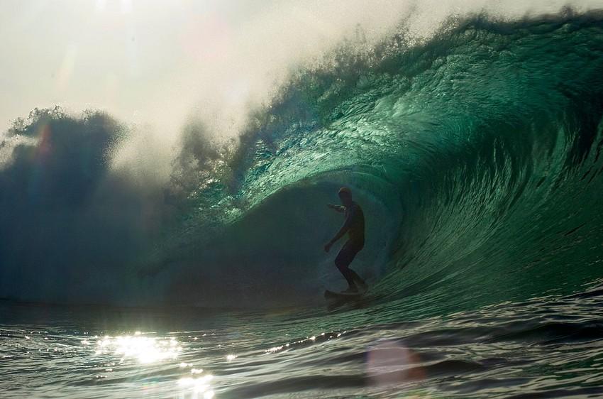 GUILLERMO CERVERA. Surfista en el Quemao, Lanzarote
