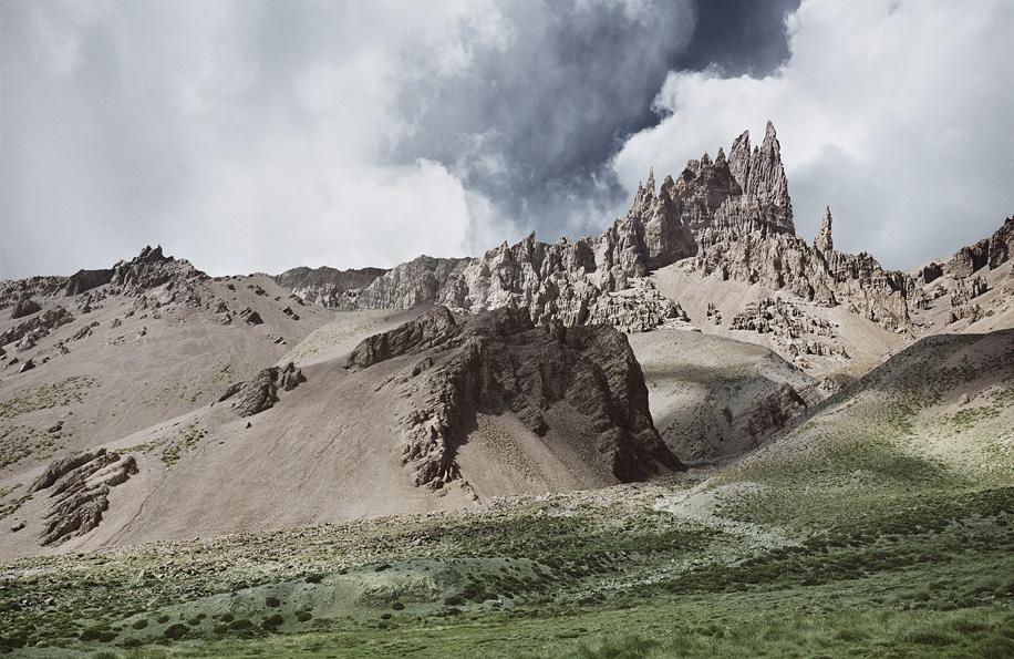 MICHAEL NAJJAR. High Altitude.: rts_90-09